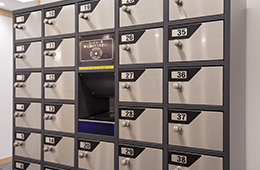 Safety deposit boxes (1F)