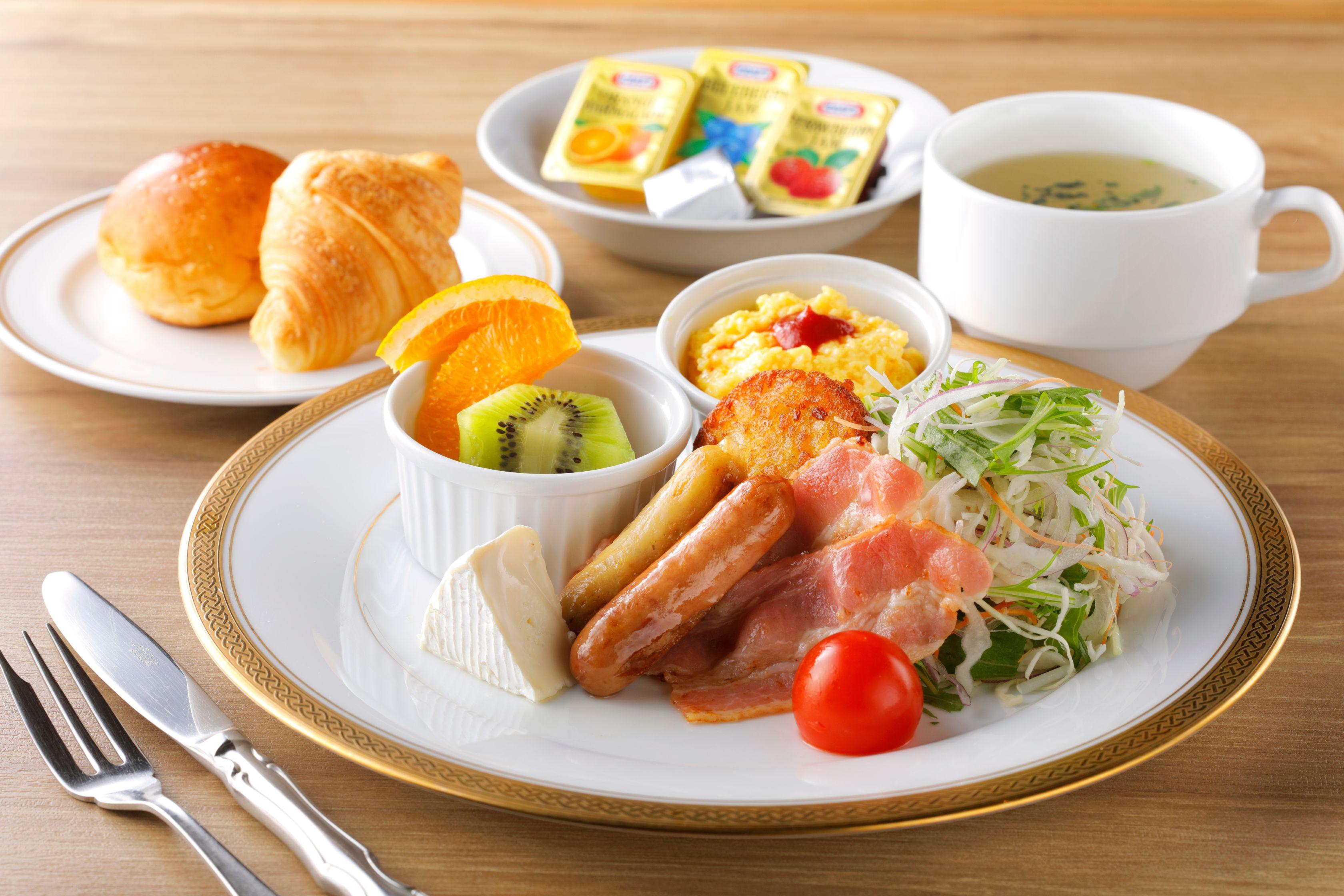 BreakfastW